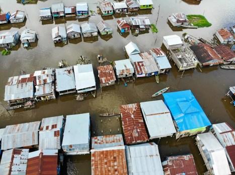 Schwimmende Häuser in Iquitos