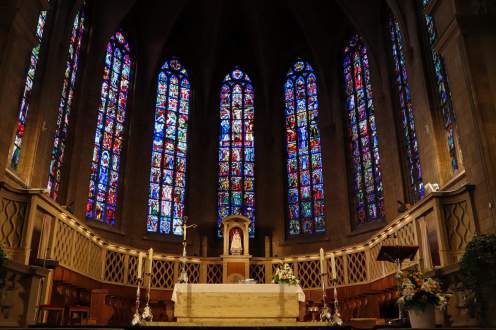 Altar in der Kathedrale unserer Lieben Frau