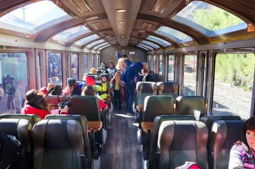 Vistadome Zug mit Panoramafenster