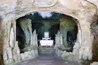 Altar Piedigrotta-Kirche in Pizzo
