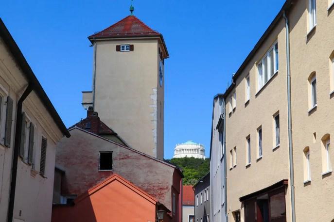Donautor und Befreiungshalle