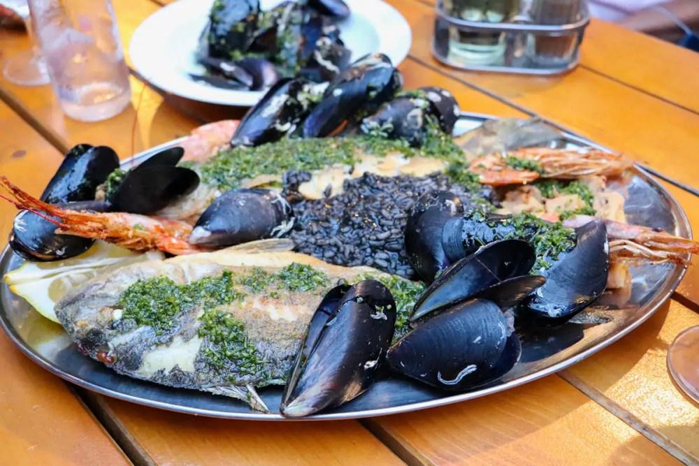Fisch-Meeresfrüchte-Teller Kod Iva Budva