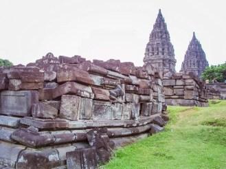 Prambanan Tempel Spuren Erdbeben