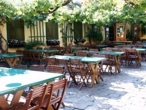 Mayer am Pfarrplatz beer garden