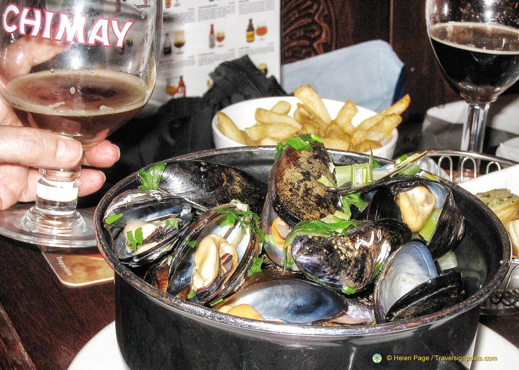 Moules et Frites - Belgian's national dish