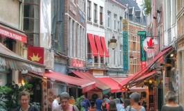 Rue des Bouchers – A Brussels Food Street