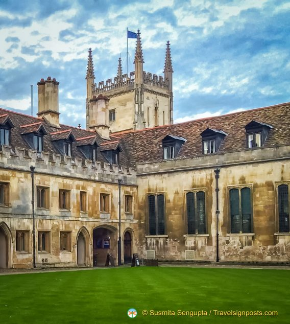 Pembroke College and its Chapel in the background
