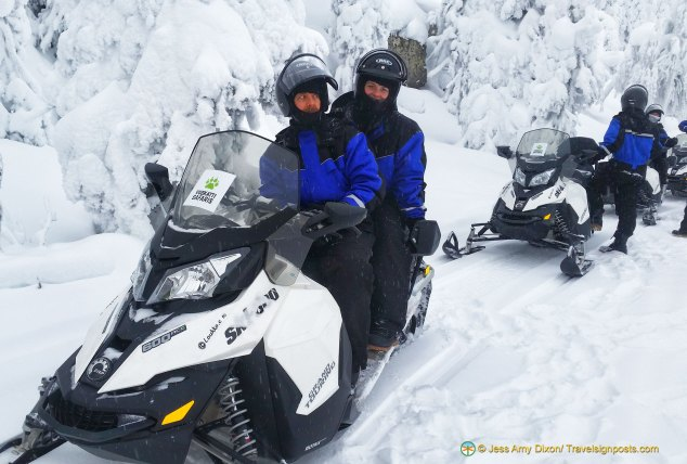 Snowmobiling in the Vuokatti hills