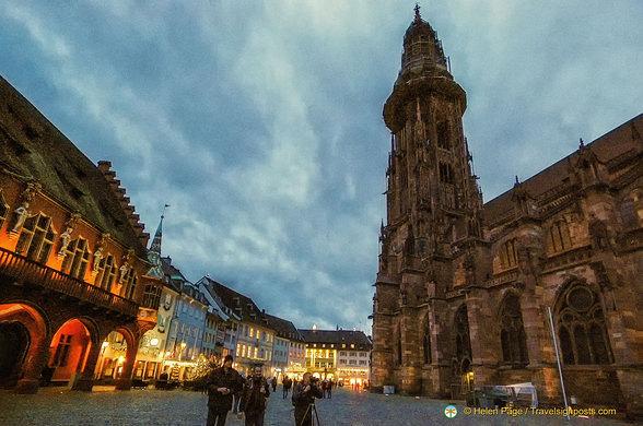 Freiburg Munsterplatz