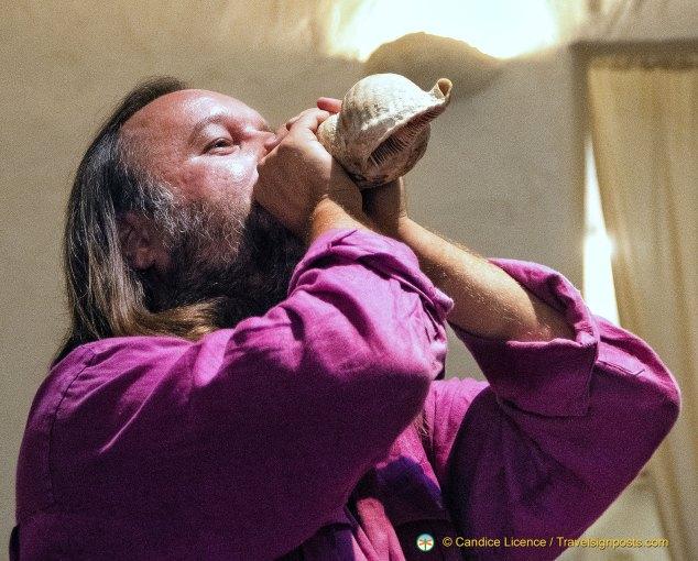 Yannis Pantazis playing a Triton's Trumpet