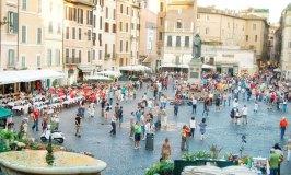 Campo de' Fiori – Colourful, Lively and Typically Roman