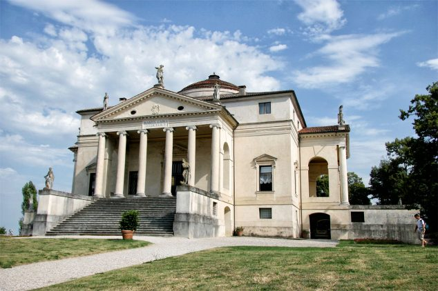 Villa Rotonda by Palladio Photo http://www.trekearth.com/members/Quino1/