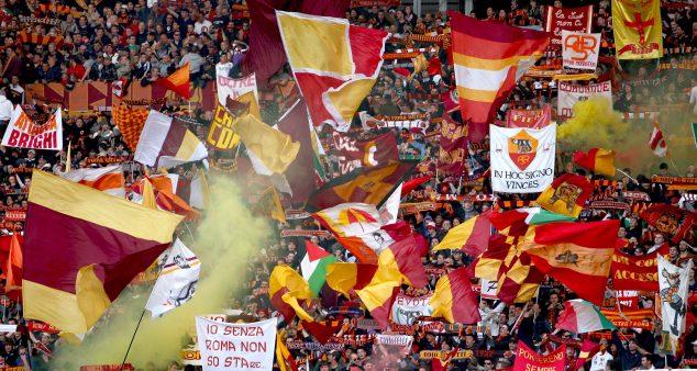 """Estasi del Calcio: the """"Tifosi"""" of Rome's Curva Sud"""