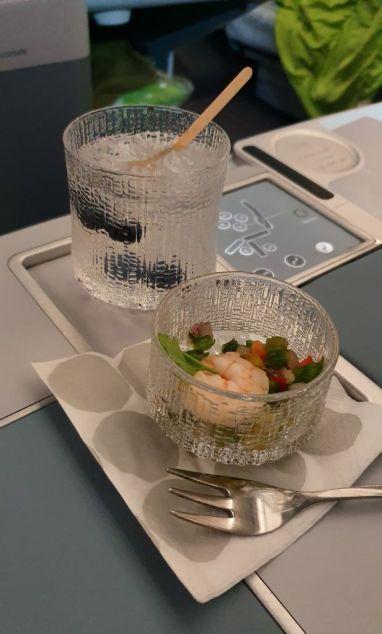 Finnair Pre-dinner drinks