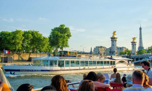 Cruise the Seine through the heart of Paris
