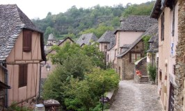 Le Puy to Conques – Classic Walks Itinerary