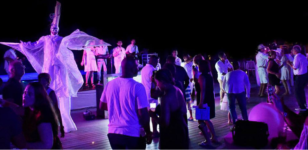 white party royalton suites cancun TravelSmart VIP