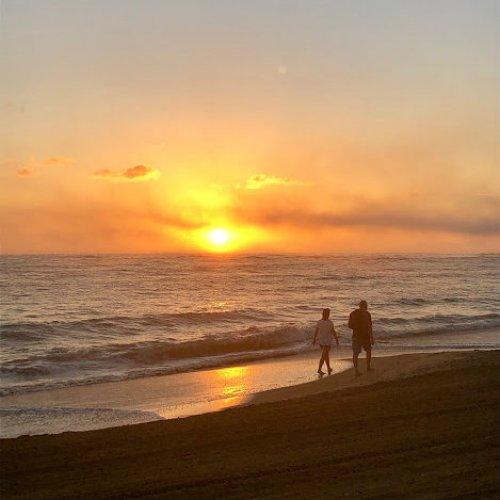 chic reasons to visit sunrise couple travelsmart vip