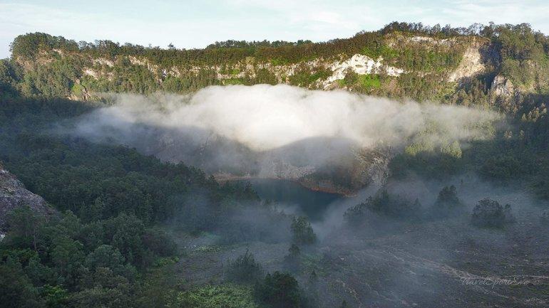 Besteigung Vulkan Kelimutu Flores Indonesien schwarzer Kratersee