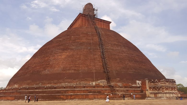 Anuradhapura backpacking Sri Lanka