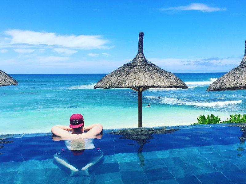 pool time-mauritius