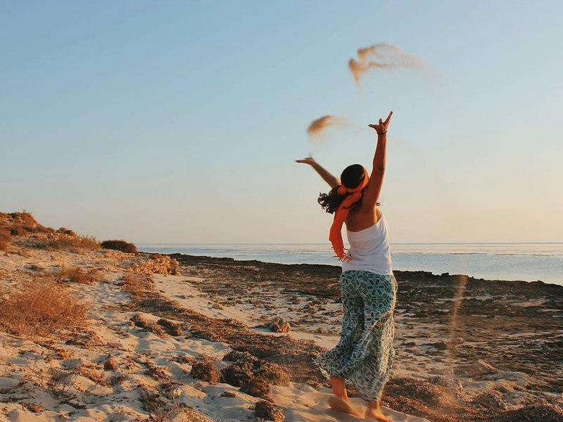 visit-tunisia-beach-happiness