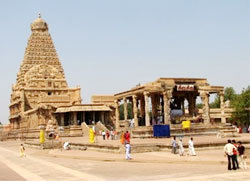 Thanjavur Temple in chennai constructed by Raja Cholan