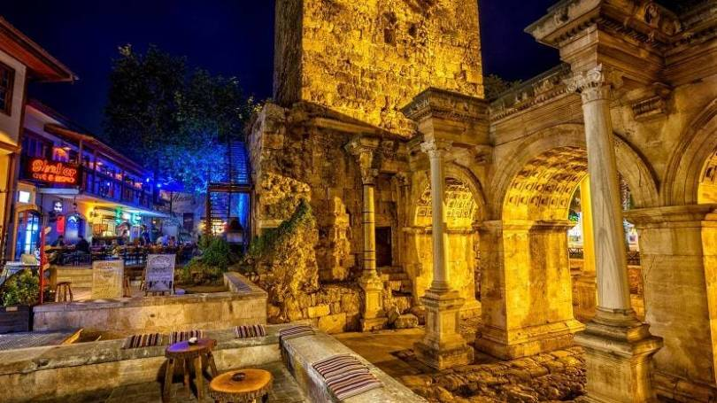 The Architectural Features of Hadrian's Gate Antalya