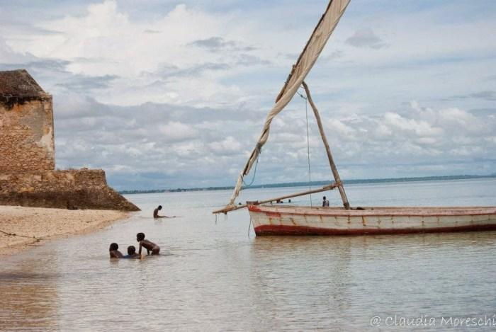 in-spiaggia-ilha-de-mocambique