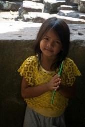 bambina-cambogiana