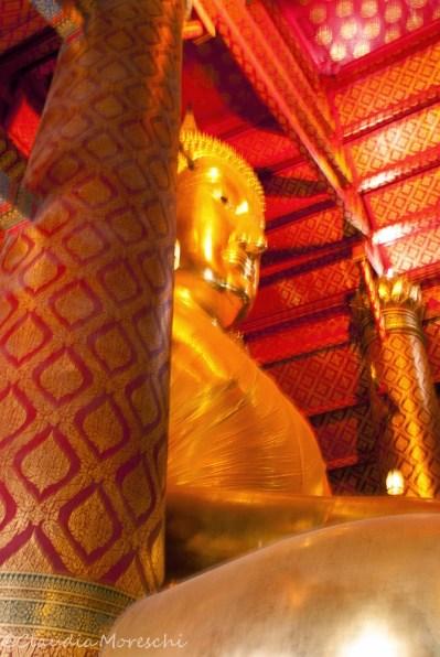 wat-phanam-choeng-ayutthaya