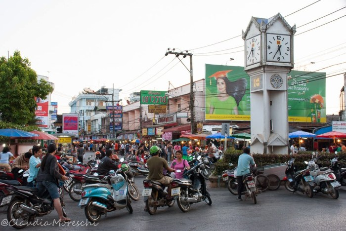 In strada a Chiang Rai