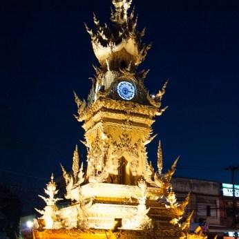 torre-orologio-chiang-rai