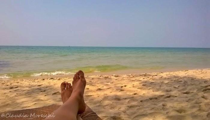 In spiaggia da soli