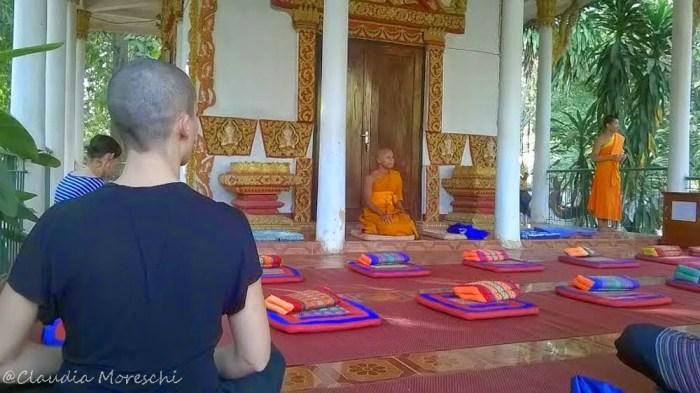 Meditazione vipassana a Vientiane