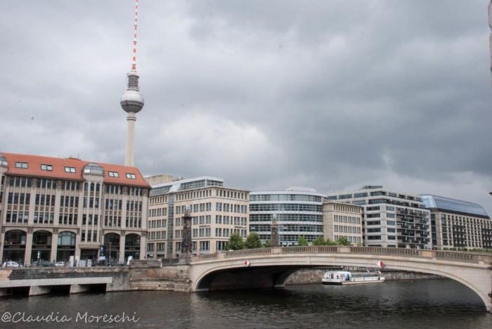 torre-della-televisione-berlino