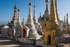 Stupa sul lago Inle