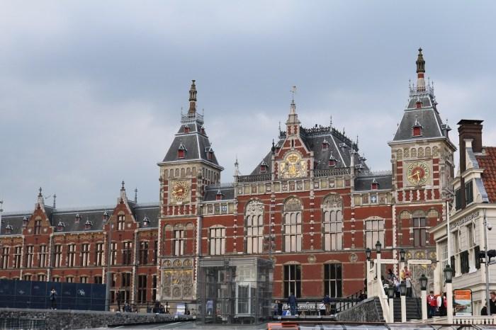 La Stazione di Amsterdam Centraal