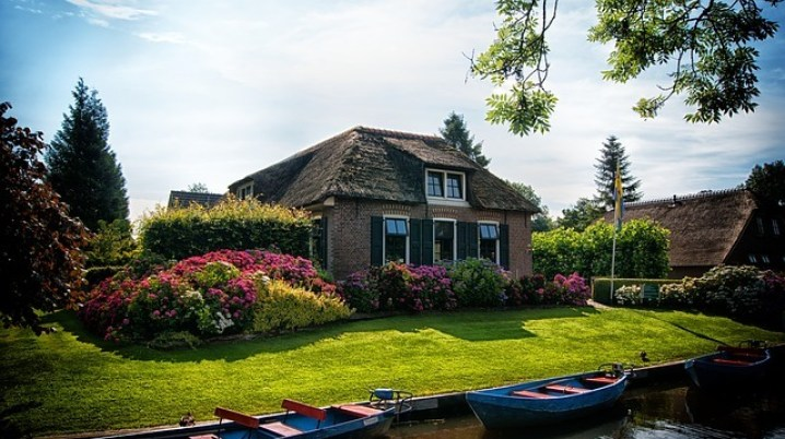 Best day trips from Amsterdam | Giethoorn
