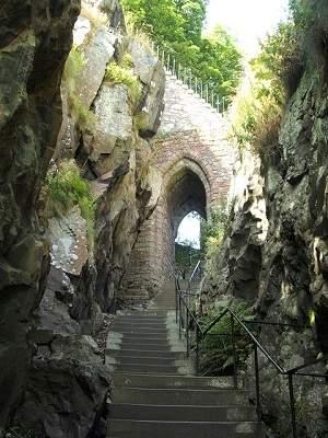 dumbarton castle stairs