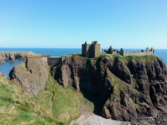where to go in scotland castles.