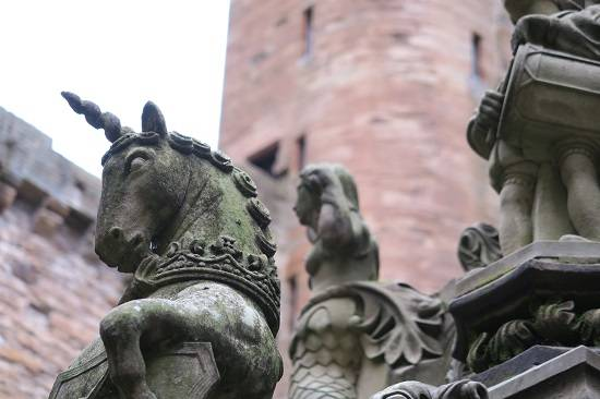 unicorn fountain linlithgow history tour.