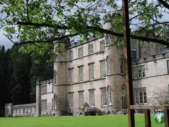 melville castle review rear.