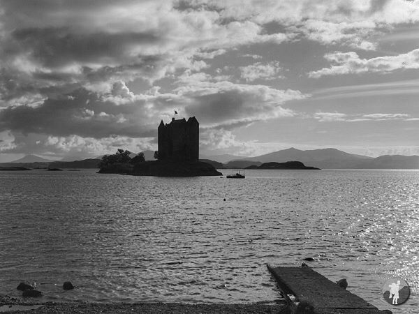 caledonian light review castle stalker.