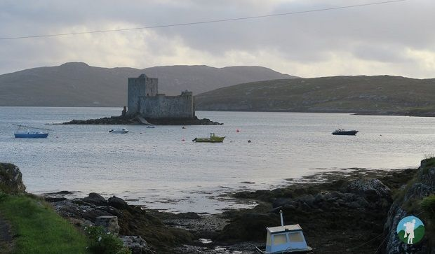 kisimil castle from Castlebay visit Barra