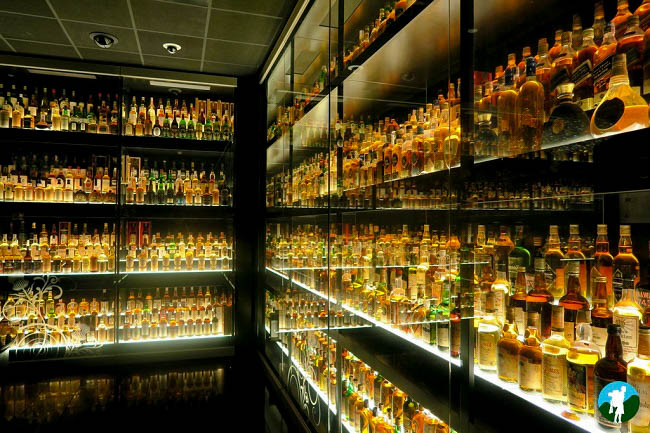 scotch whisky experience fountain court apartments