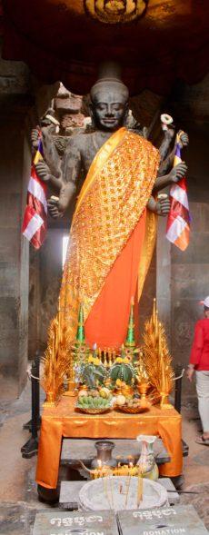 Vishnu statue at Angkor Wat