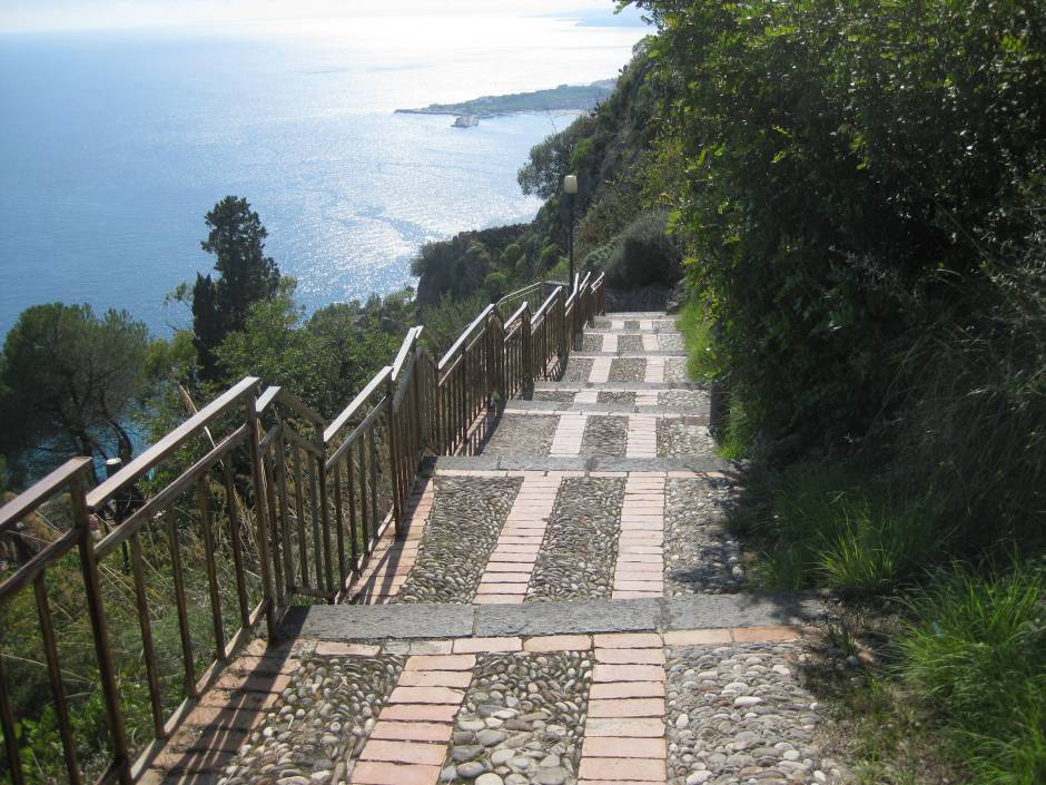 The views are amazing on the steps between the town of Taormina and Madonna della Rocca.