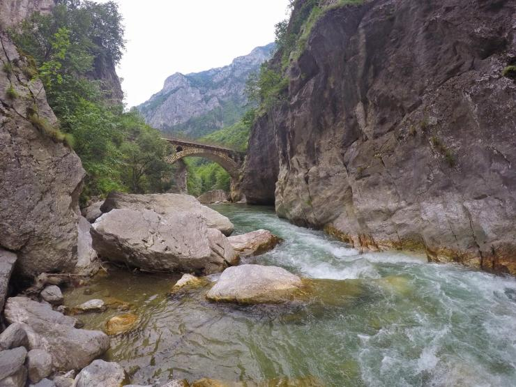 Reise nach Peja, Kosovo