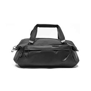Duffel bag | The Ultimate Travel Gift Guide for Men